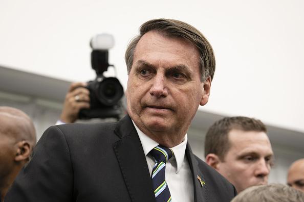 Preşedintele Braziliei, Jair Bolsonaro, condamnat la plata unei amenzi de 108 dolari pentru nepurtarea măştii