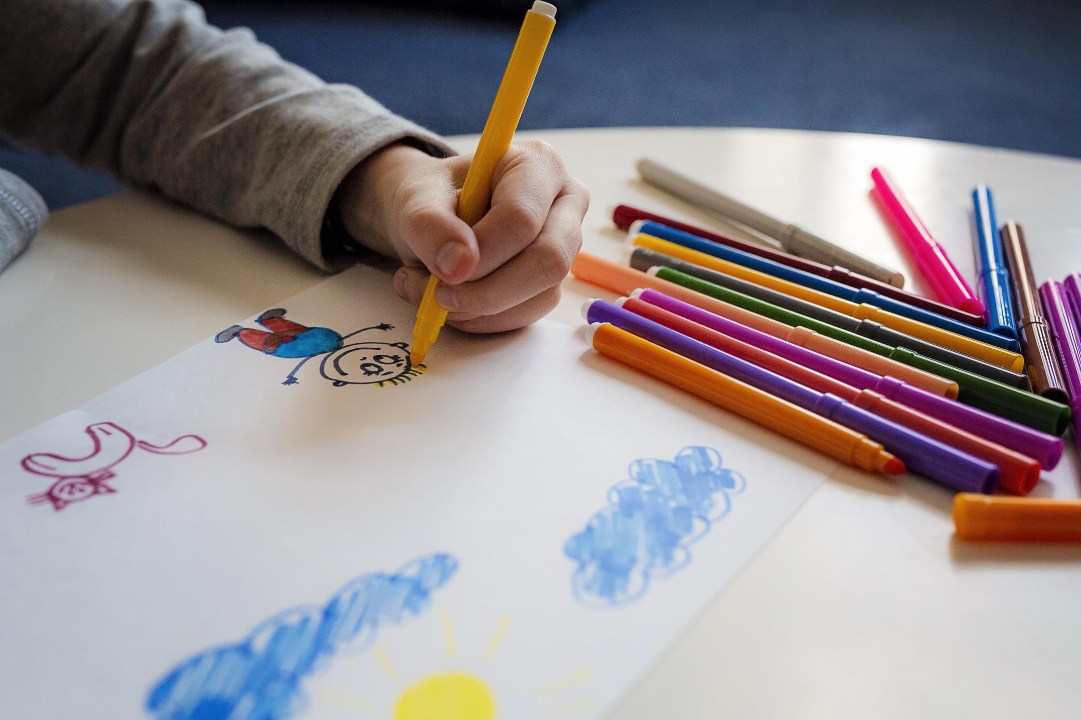 Șase copii cu handicap sever, de la un centru din Iași, confirmați cu Covid-19