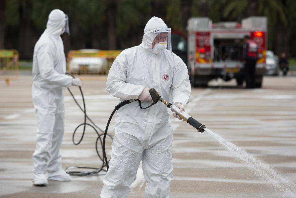 Polonia folosește vodca de contrabandă confiscată ca dezinfectant în lupta împotriva coronavirusului