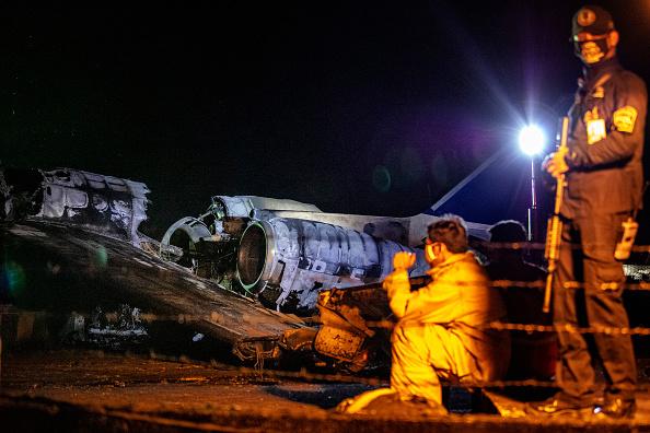 Un avion pentru evacuări militare s-a prăbușit în Filipine. Opt morți