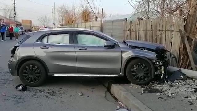 Șoferița care a lovit mortal două fetițe a fost reținută pentru 24 de ore