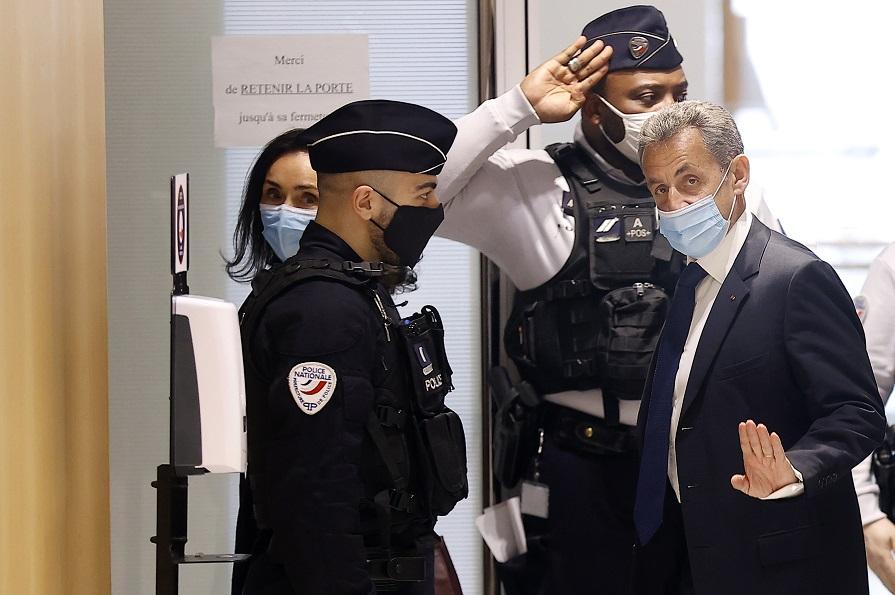 Fostul președinte al Franței, Nicolas Sarkozy, condamnat la închisoare pentru corupție