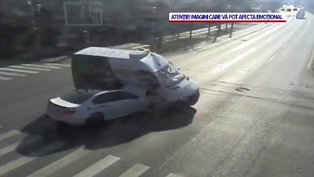Trei tineri din Timișoara au ajuns la spital, după ce au fost implicați într-un accident rutier
