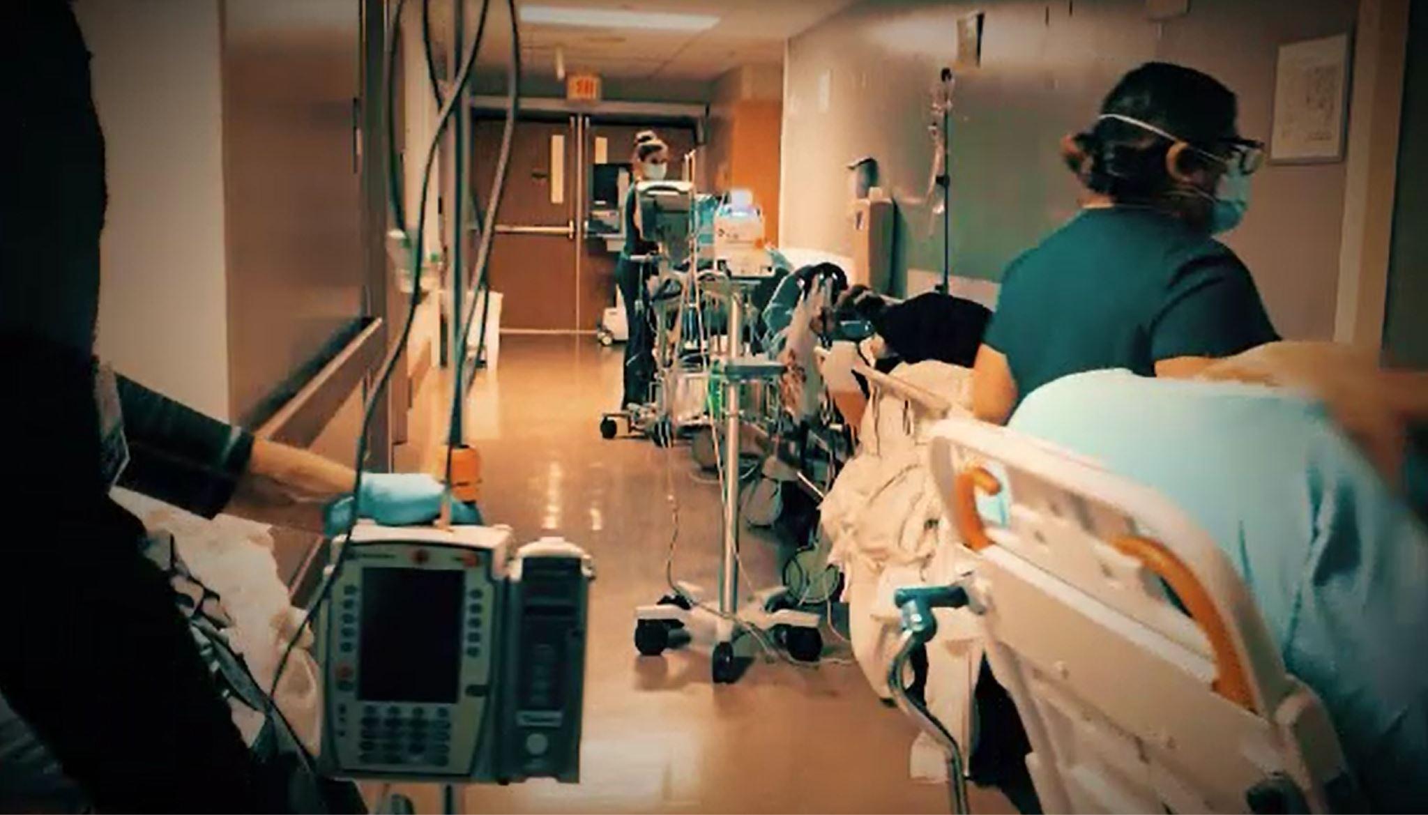 """O fetiță de 13 ani din Bacău, fără comorbidități a murit de COVID-19. Medic: """"Dimineață s-a dus pe picioarele ei la doctor"""""""