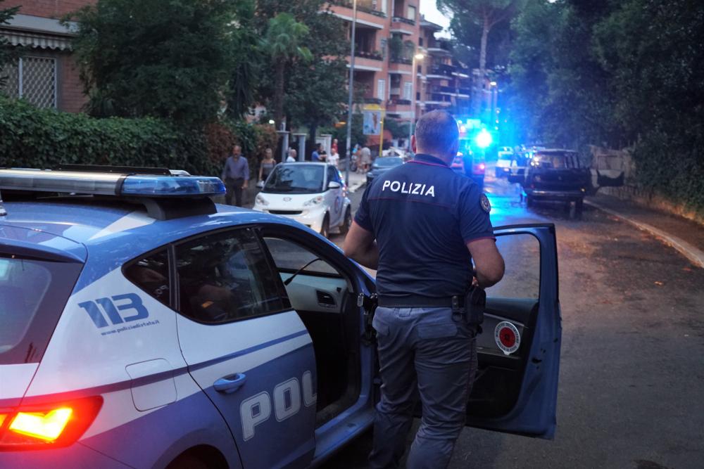 O tânără din Italia a scăpat de fostul iubit care o bătea