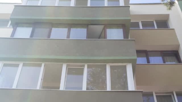 O femeie din Cluj-Napoca a căzut de la etajul 3. Polițiștii încearcă să afle ce s-a întâmplat