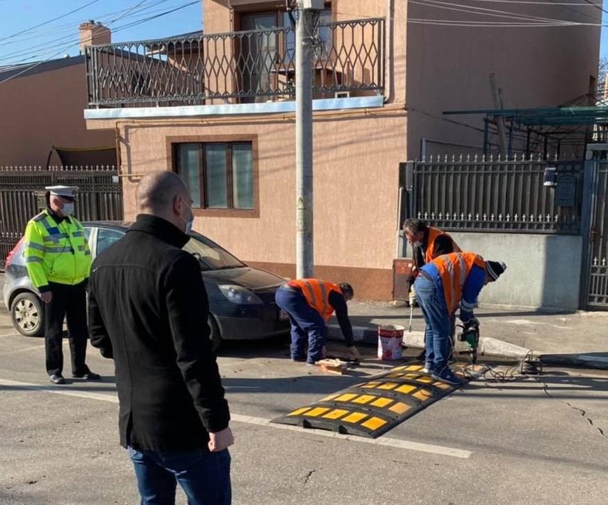 Limitatoare de viteză, montate în urma tragediei din cartierul Andronache. Ce spune primarul Sectorului 2