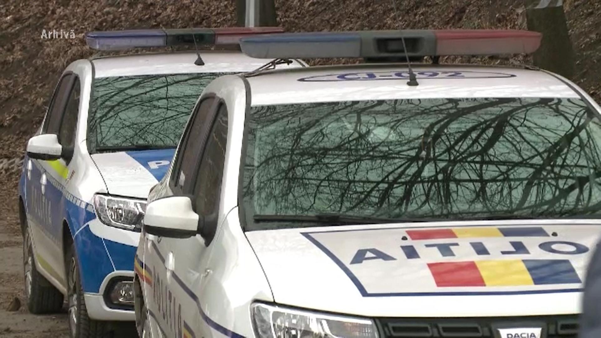 Un tânăr care trebuia să fie în carantină a fost găsit de poliţişti la o petrecere în Capitală