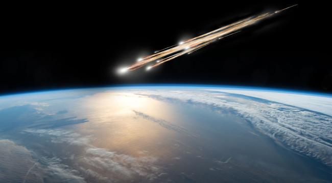 Un fermier a găsit un meteorit gigant pe terenul său. Suma incredibilă cu care l-a vandut