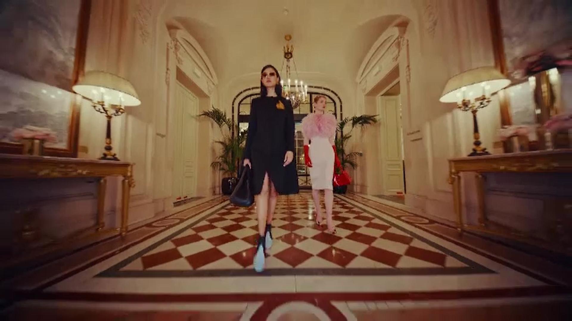 Recomandările caselor de modă din Franța pentru sezonul toamnă-iarnă 2021