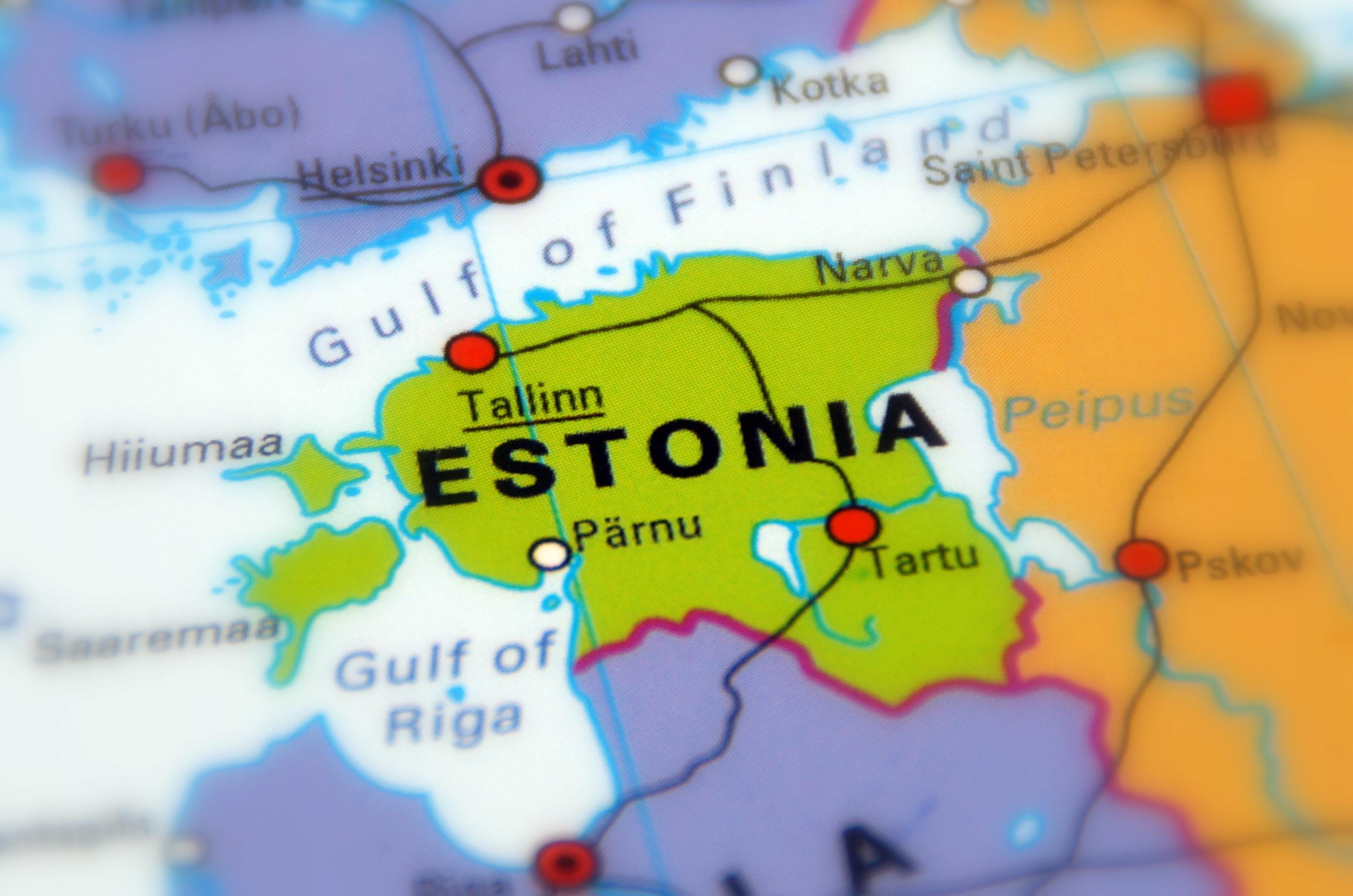 Estonia, una dintre cele mai afectate ţări de Covid-19, reintră de joi în carantină