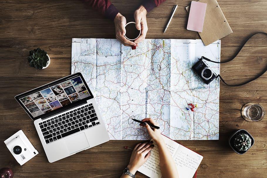 (P) 4 motive să călătorești prin intermediul unei agenții de turism