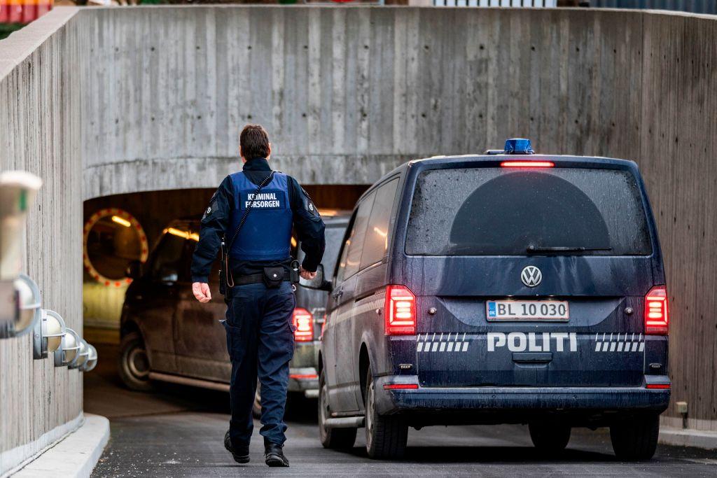 Femeie trimisă doi ani la închisoare, pentru îndemn la violență la o manifestație anti-restricții COVID, în Danemarca