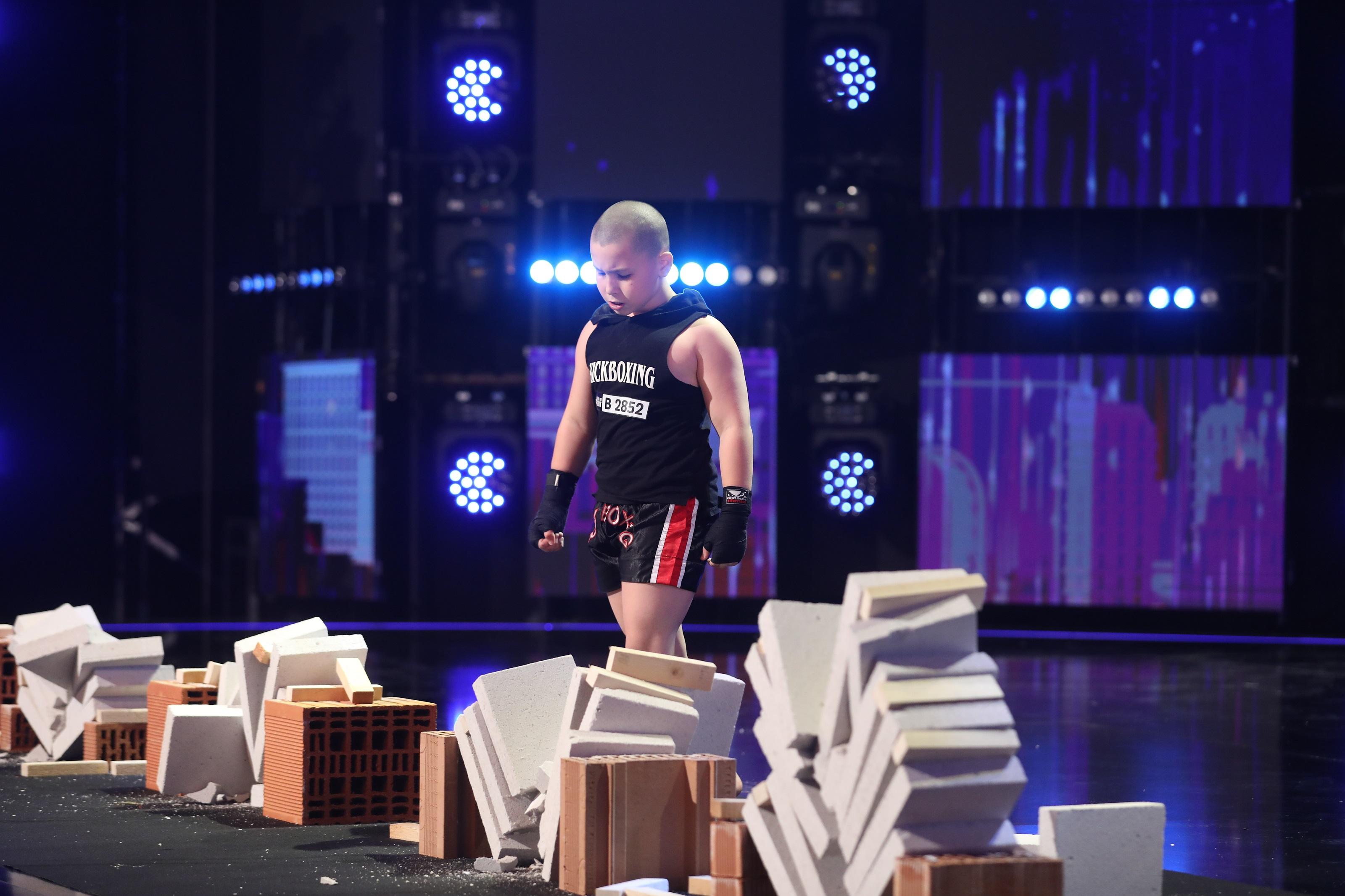 Românii au Talent. Peste 2,7 de milioane de români s-au bucurat de spectacolul #unusiunu