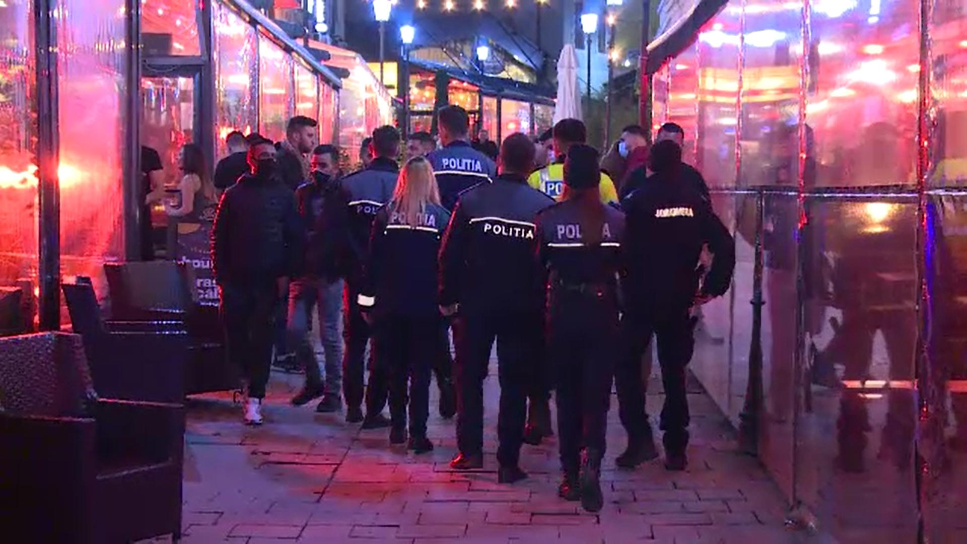 Mii de polițiști din toată țara au participat la o acțiune informativă privind noua restricție de circulație