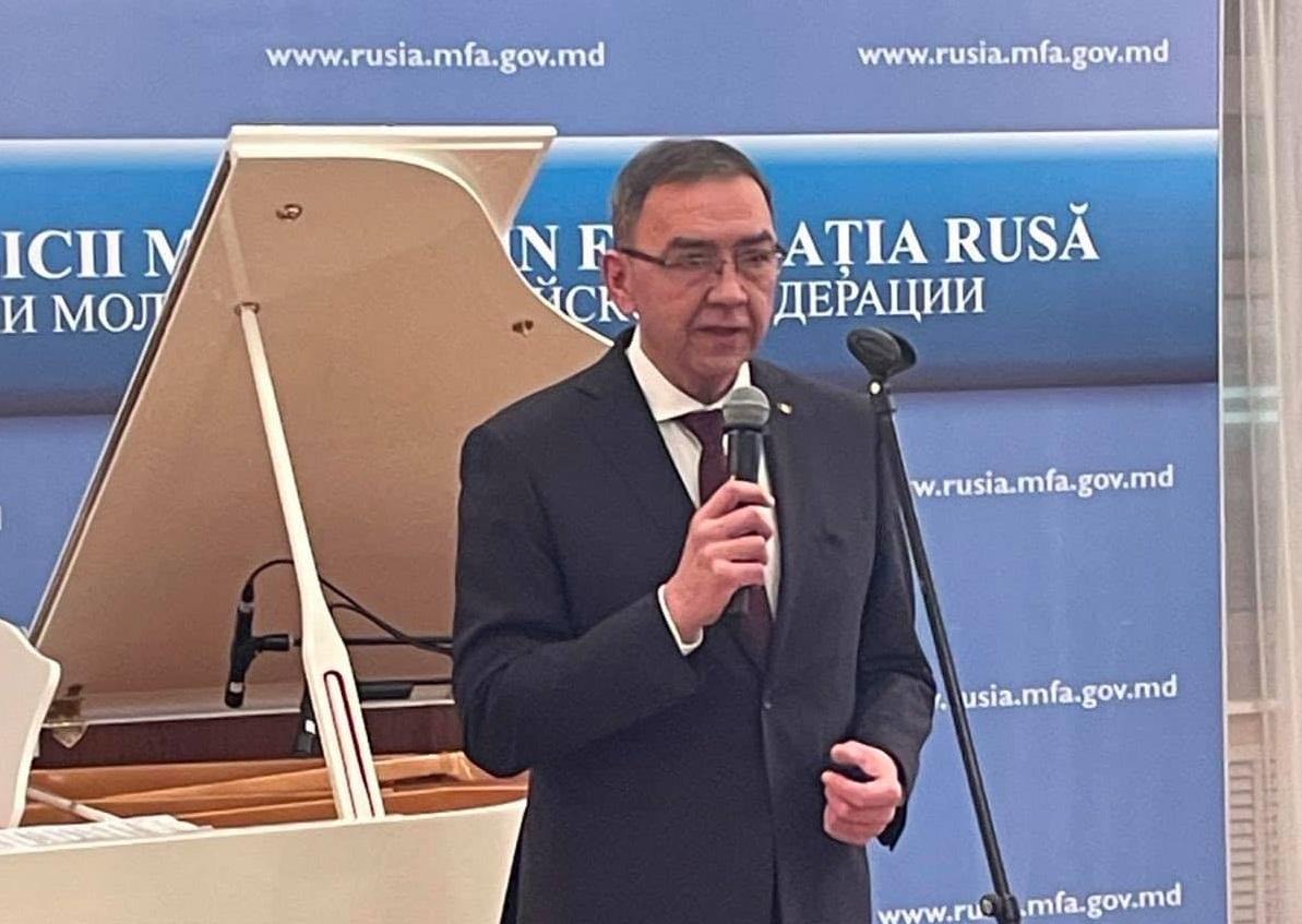 Noul prim-ministru al Republicii Moldova ar putea fi Vladimir Golovatiuc, ambasadorul ţării la Moscova