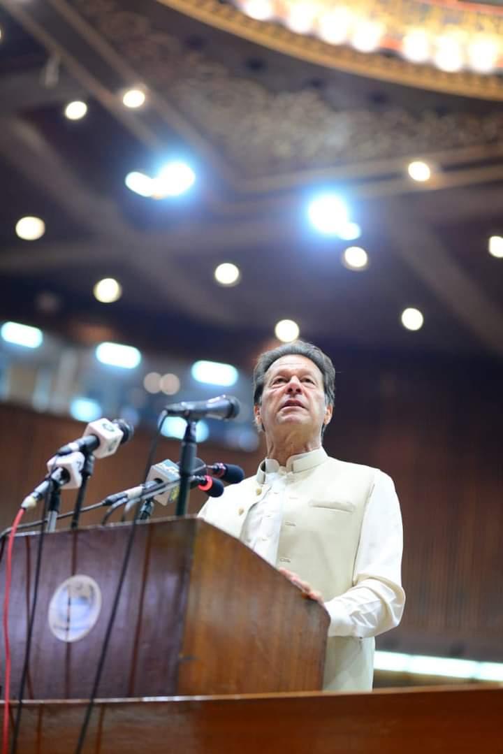 Premierul Pakistanului, infectat cu Covid-19 la două zile după ce a fost vaccinat