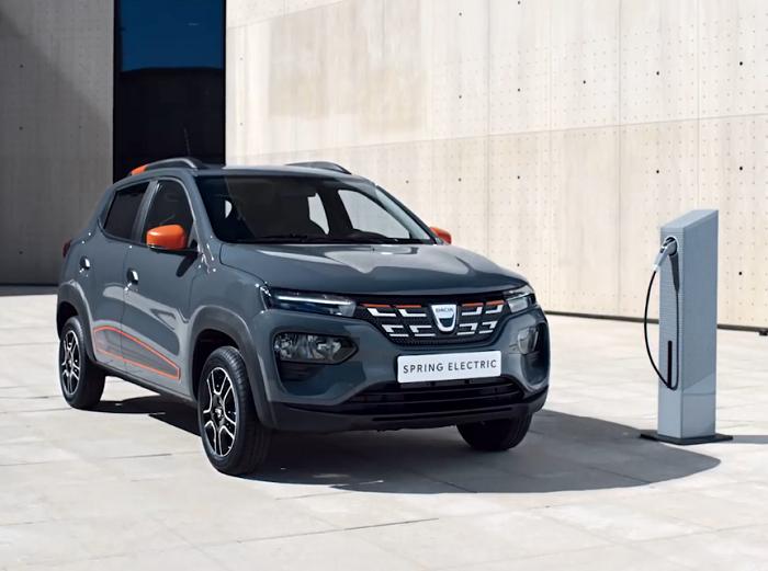 Platforma de precomenzi pentru prima mașină electrică Dacia s-a blocat la lansare