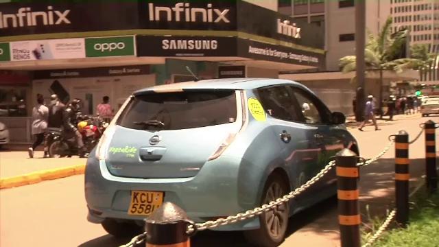 Cum au ajuns kenienii cei mai mari fani ai mașinilor electrice. De ce renunță la automobilele clasice