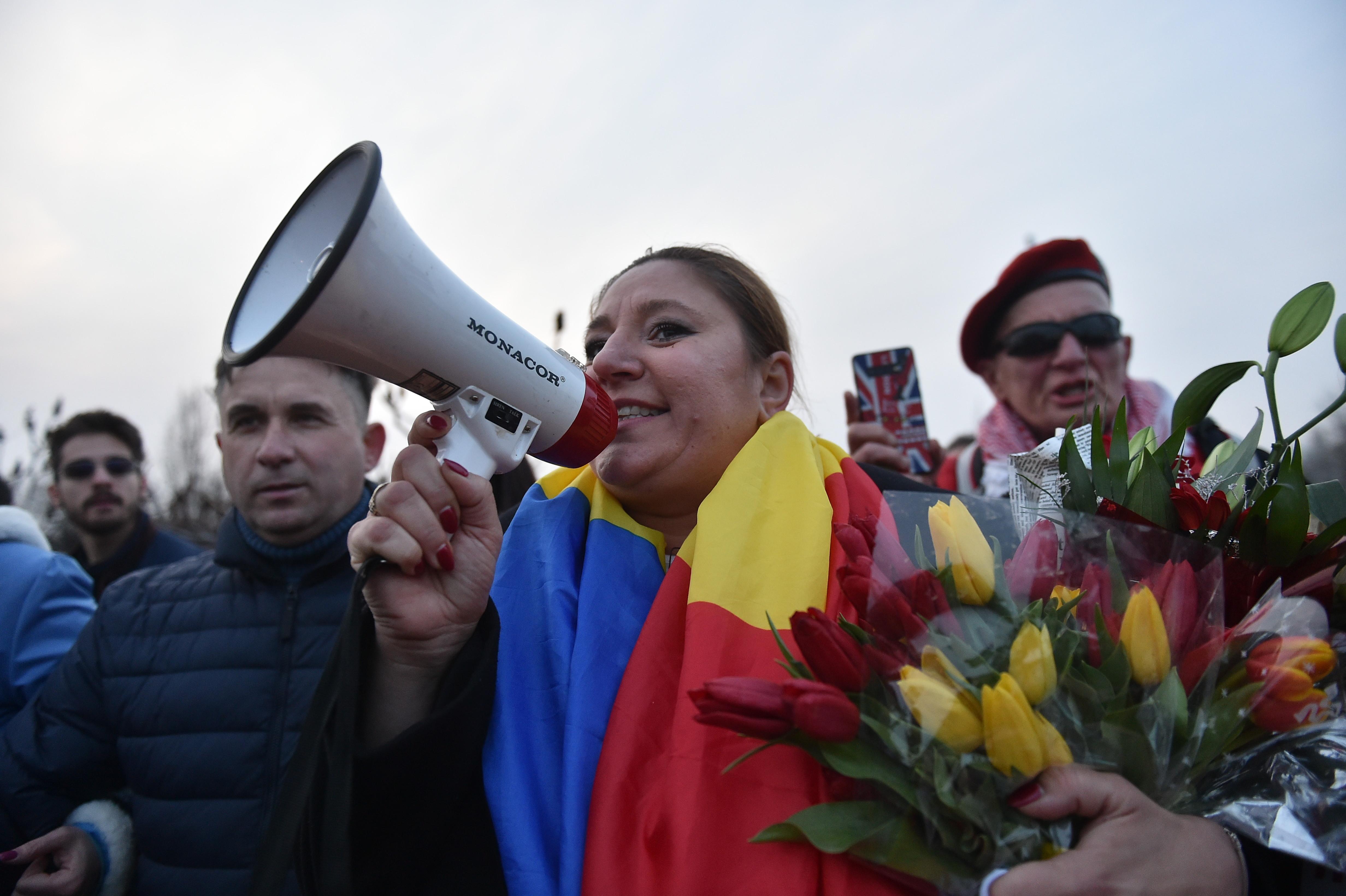 Surse: Șoșoacă a primit 3 amenzi în valoare de 4.500 de lei după protestele de sâmbătă