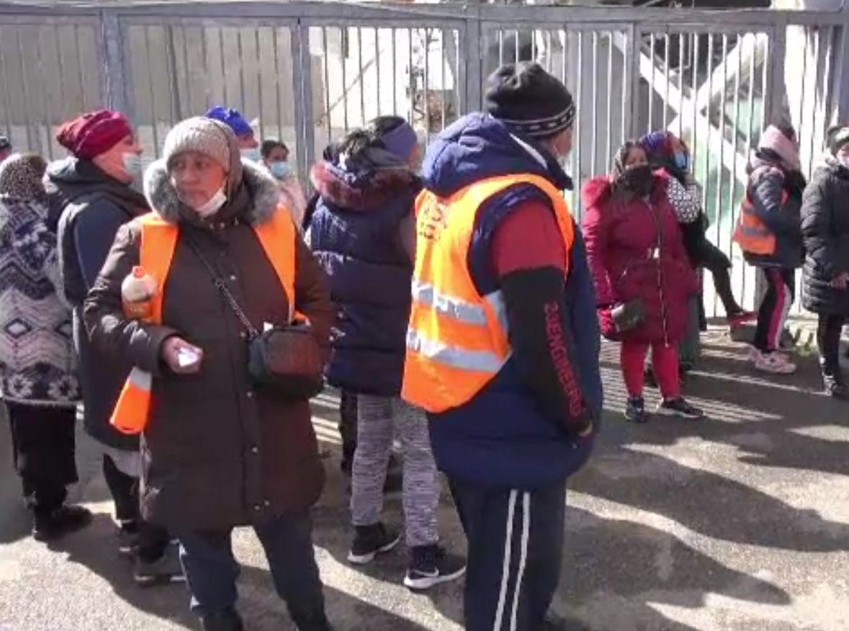 Angajații din salubritate au ieșit în stradă, la Ploiești. Salariile, neplătite din ianuarie