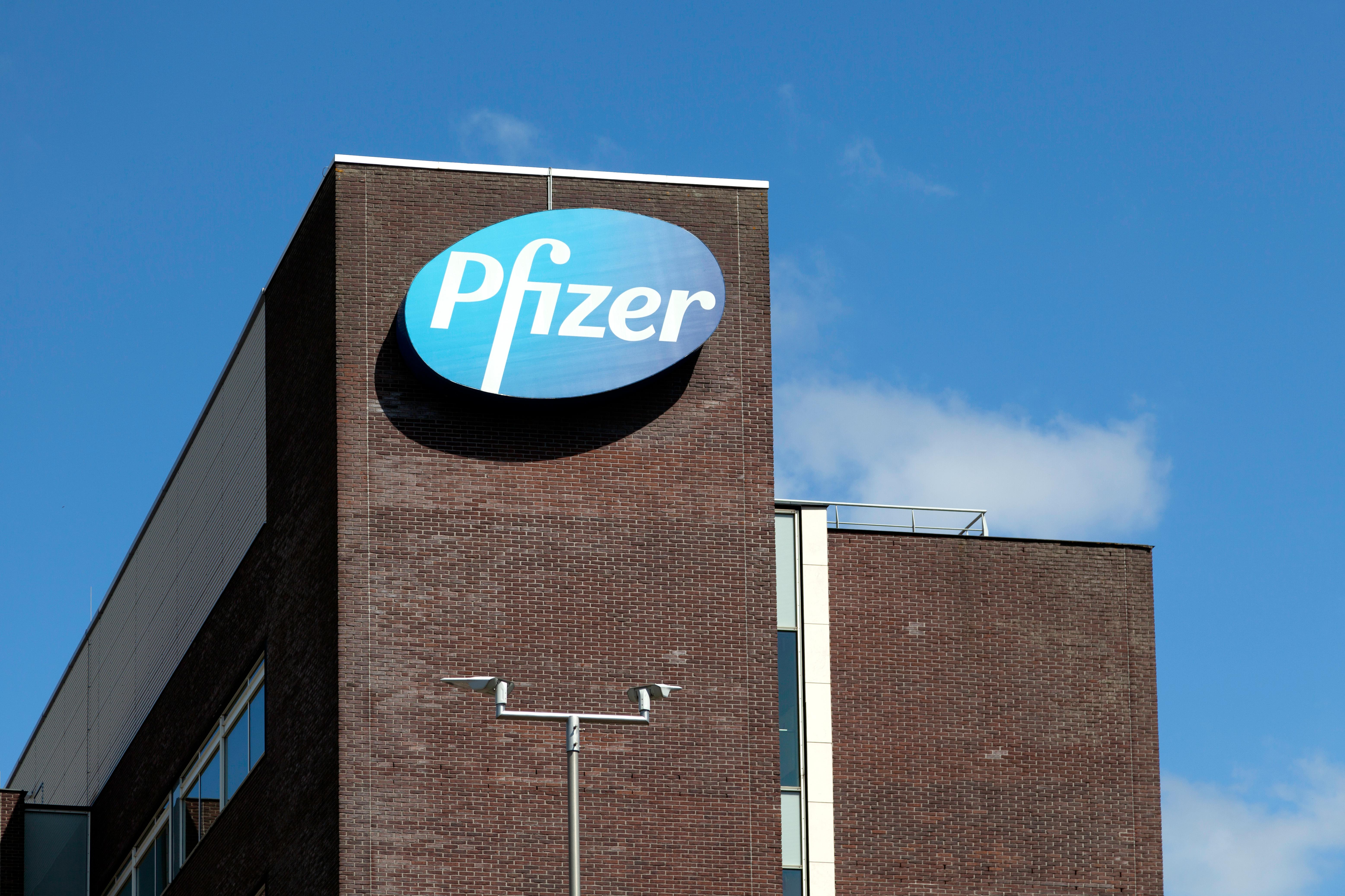 Pfizer a început un studiu clinic pentru un medicament anti-COVID. Cum funcționează