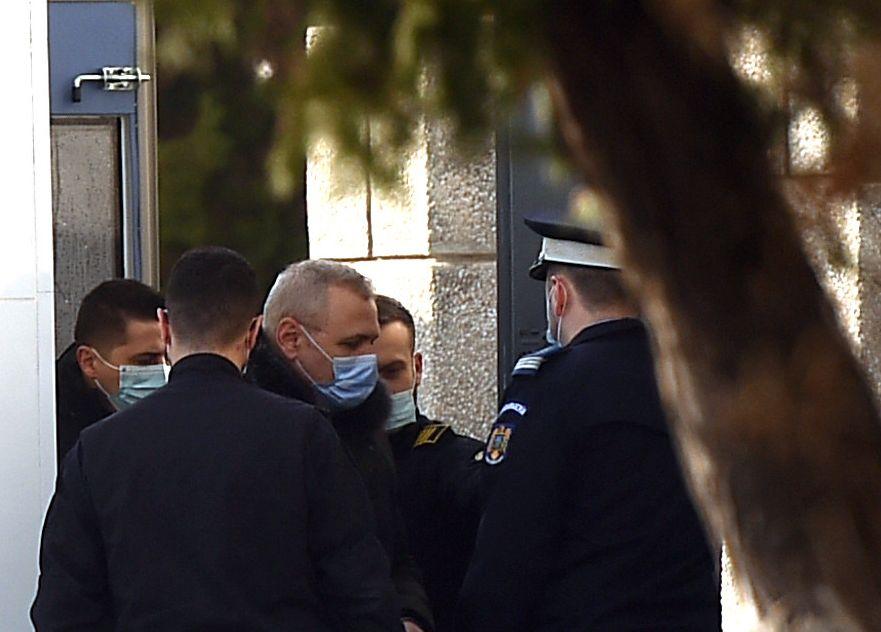 Decizie în favoarea lui Liviu Dragnea. Cum ar putea scăpa de 49 de zile de închisoare
