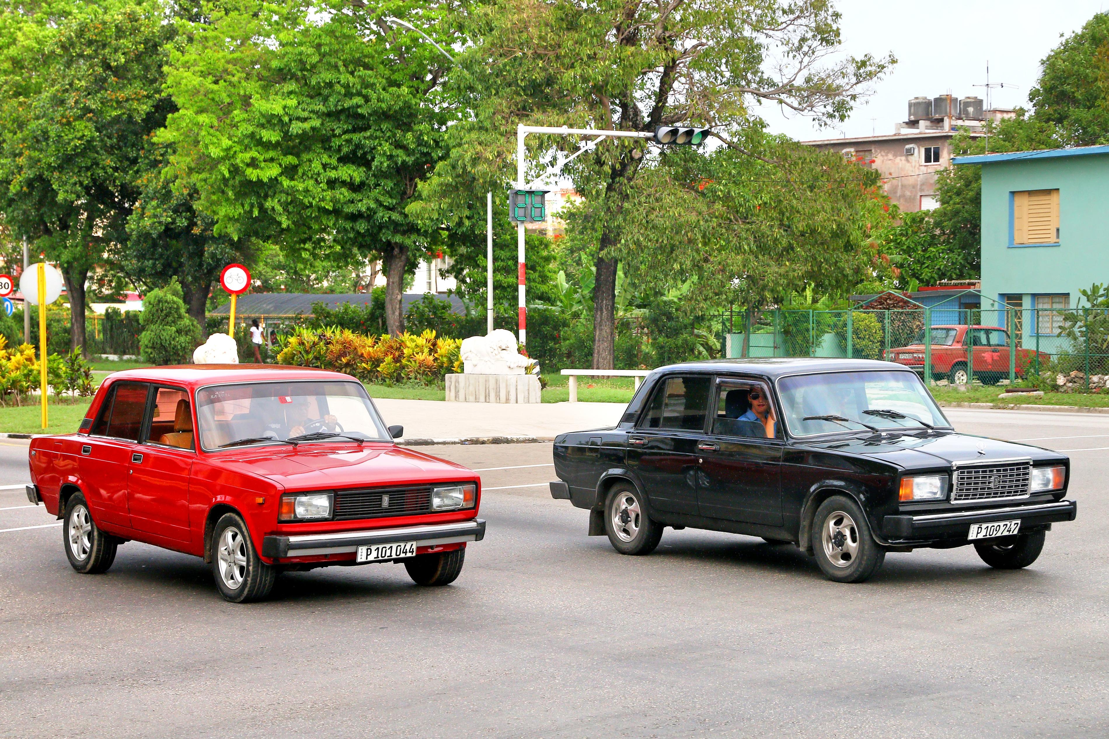 Mașina sovietică Lada, la loc de cinste în Cuba. Cât costă acum un model fabricat în anii '80