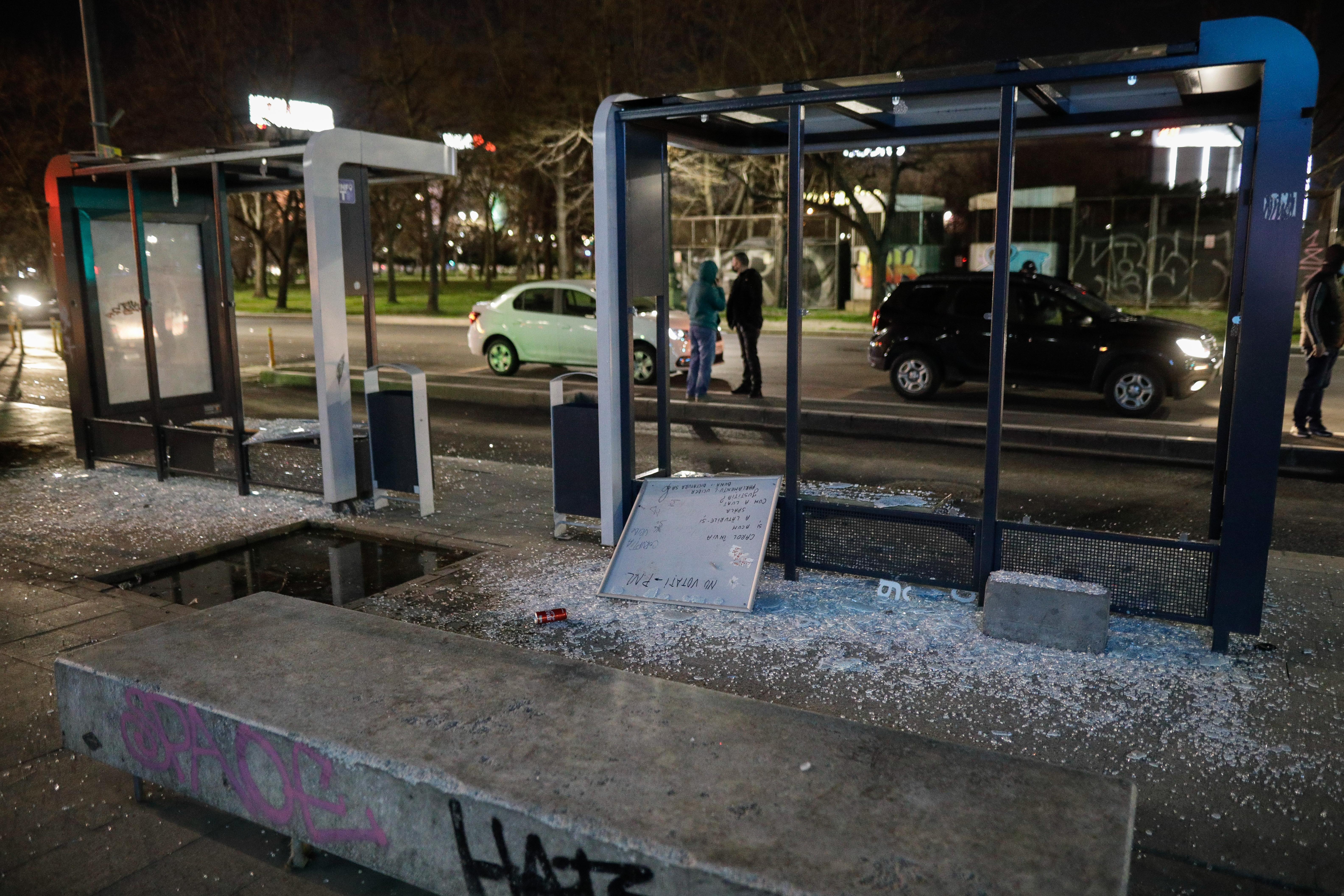 Poliţia Locală Bucureşti a evaluat pagubele în urma protestului. Costurile se ridică la 32.000 de euro. FOTO