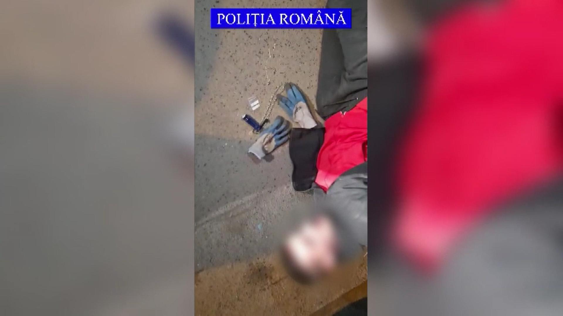 Poliţiştii din Galaţi au prins patru grupări care se ocupau cu furturi din apartamente și case