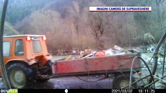 Locuri frumoase din România, transformate în gropi de gunoi. Cum poate fi oprit acest fenomen