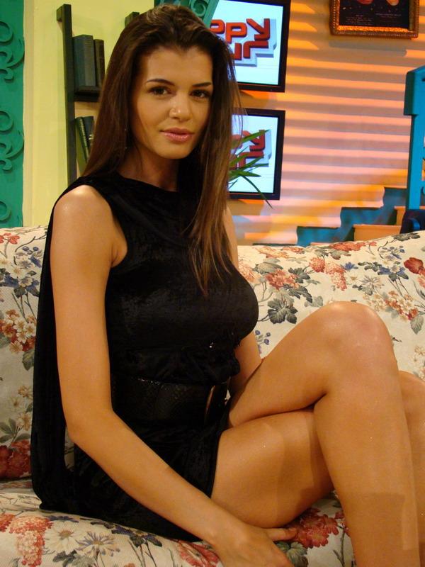Botezatu: Monica Columbeanu a fost indragostita de Voicu. Este o ipocrita