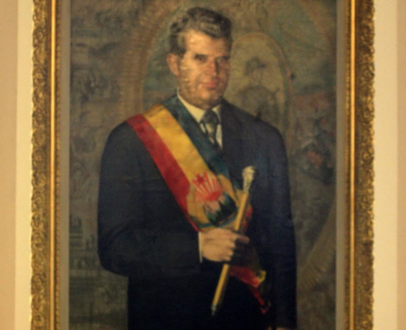 Nicolae Ceausescu: de la ghete, la decrete!
