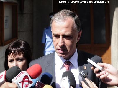 Geoana: Ii voi cere lui Boc retragerea angajarii pentru Legea educatiei
