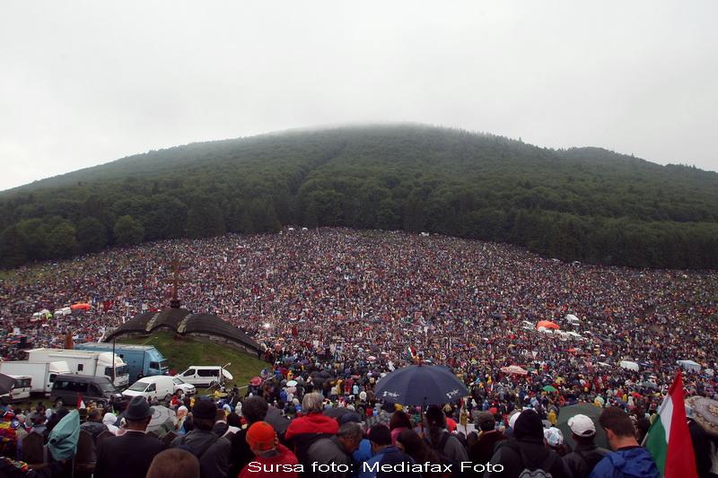 Zeci de mii de credinciosi catolici, in pelerinaj la Sumuleu Ciuc!