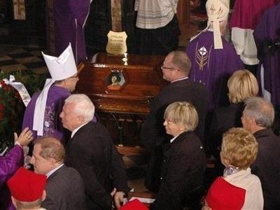 Dreptate tarzie: Copernic inmormantat ca un erou de Biserica Catolica