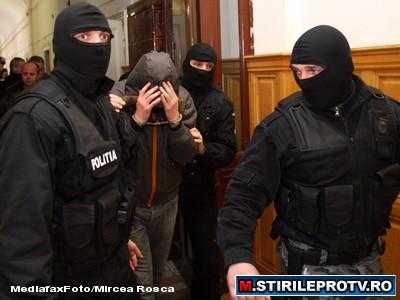 Un barbat suspectat de trei asasinate comise in Chisinau a fost arestat la Bucuresti