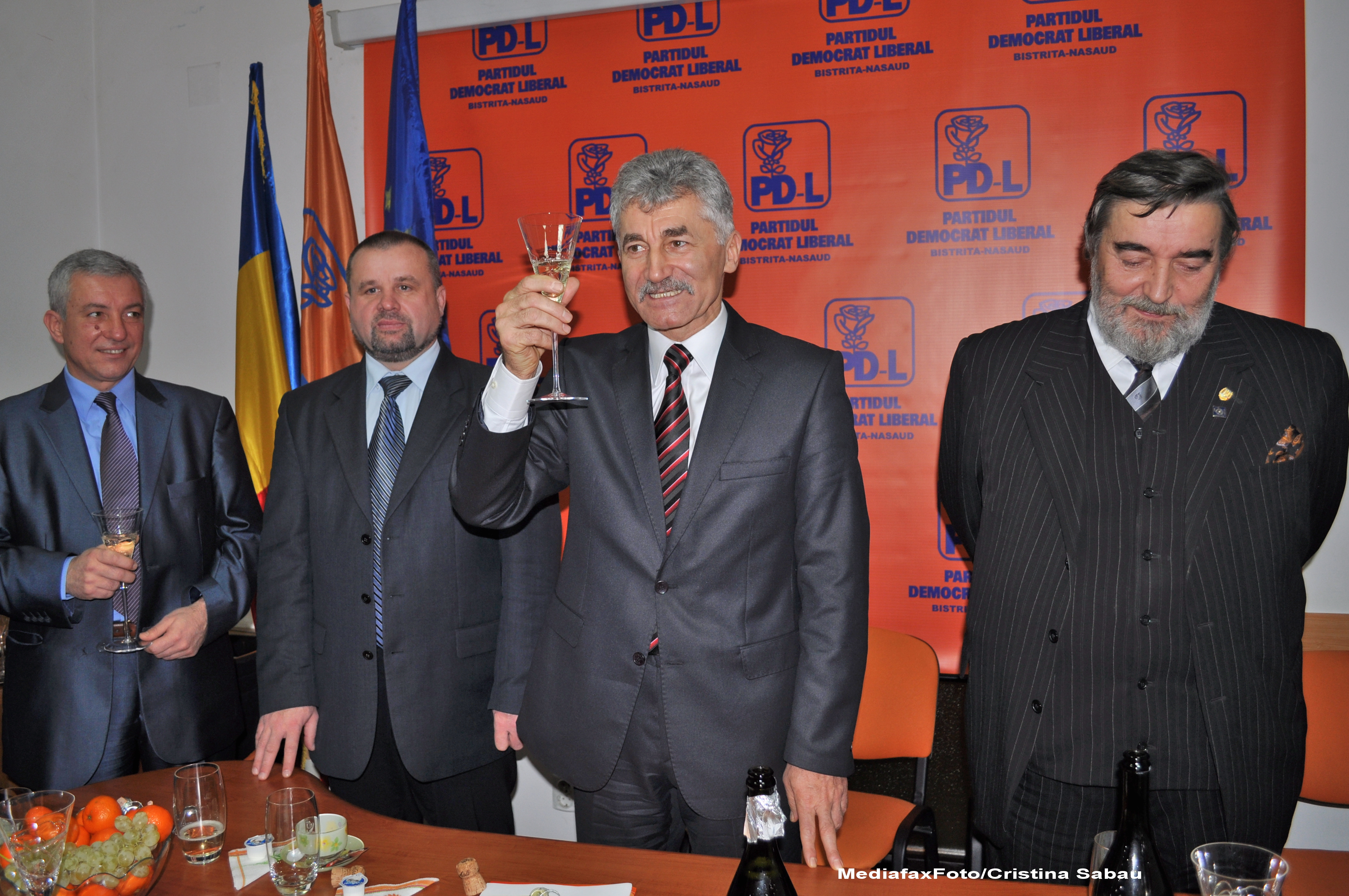 Ioan Oltean: PDL doreste ca Guvernul Ponta sa treaca si sa guverneze