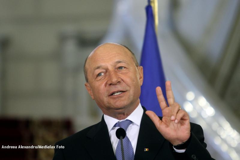 Traian Basescu: Nu voi promulga modificarile PSD la Legea educatiei promovata de Funeriu