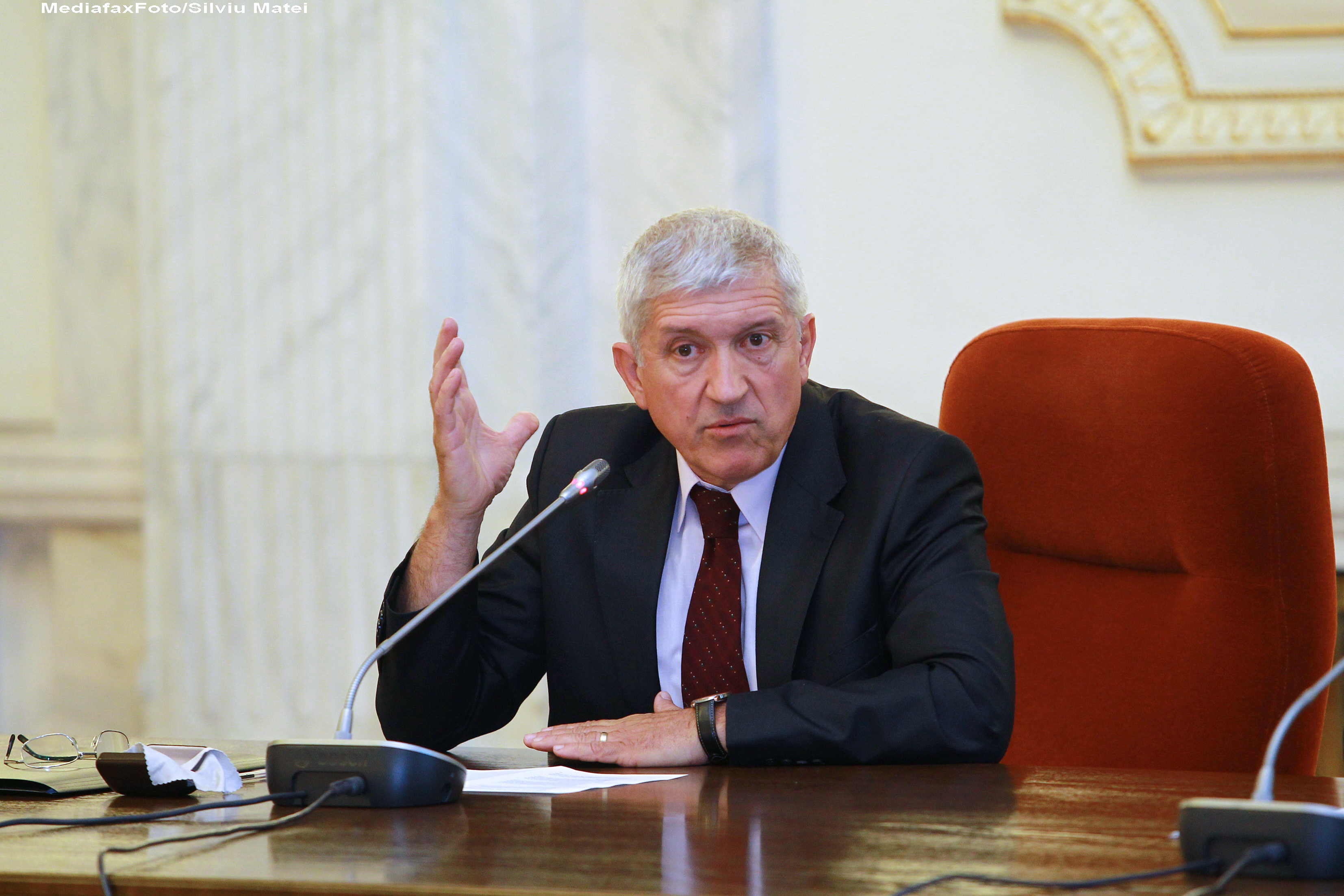 Mircea Diaconu nu mai poate fi ministru al Culturii. A fost declarat DEFINITIV incompatibil