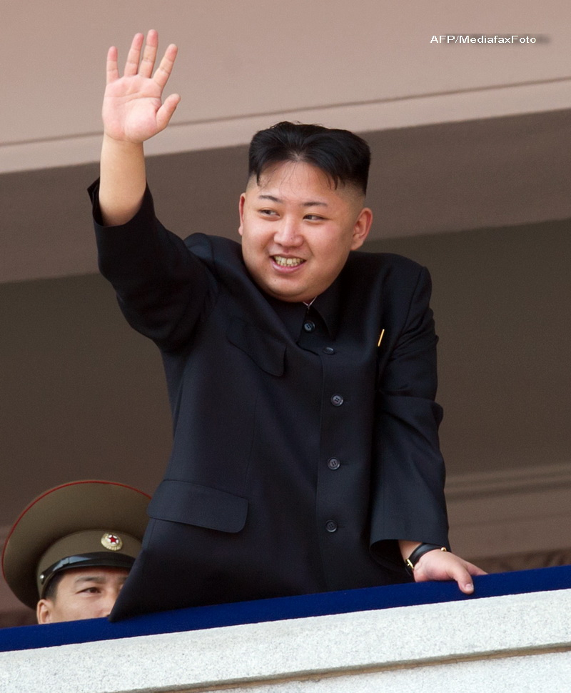 O fetita din Coreea de Nord si-a dat viata pentru a salva tablouri cu Kim Jong-Il si Kim Il-Sung