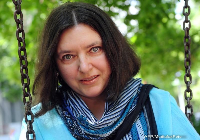 "Tatiana Niculescu Bran, dupa demisie: ""Sa fi schimbat macar perdelele palatului/ m-as fi numit (...) dama cu perdele"""
