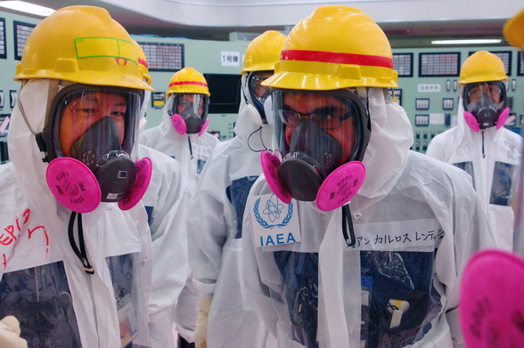 AFP: Coreea de Nord ar putea pune in functiune un reactor nuclear pe baza de apa usoara