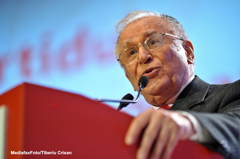 Ion Iliescu implineste astazi 84 de ani. Fostul presedinte a lipsit de la concertul dedicat de la Ateneul Roman