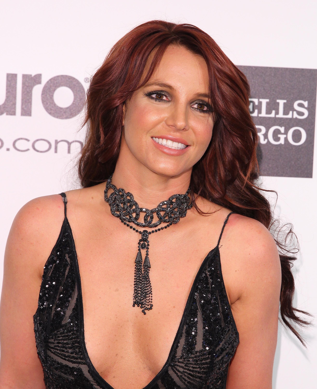 Britney Spears este din nou o femeie singura, dupa ce s-a despartit de David Lucado. Declaratiile apropiatilor artistei