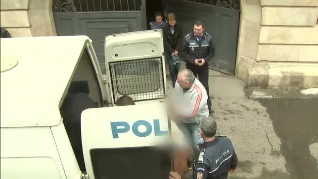 Inca 6 mandate de arestare in cazul operatiilor estetice de la Spitalul de Arsi. In total, 9 chirurgi ajung dupa gratii