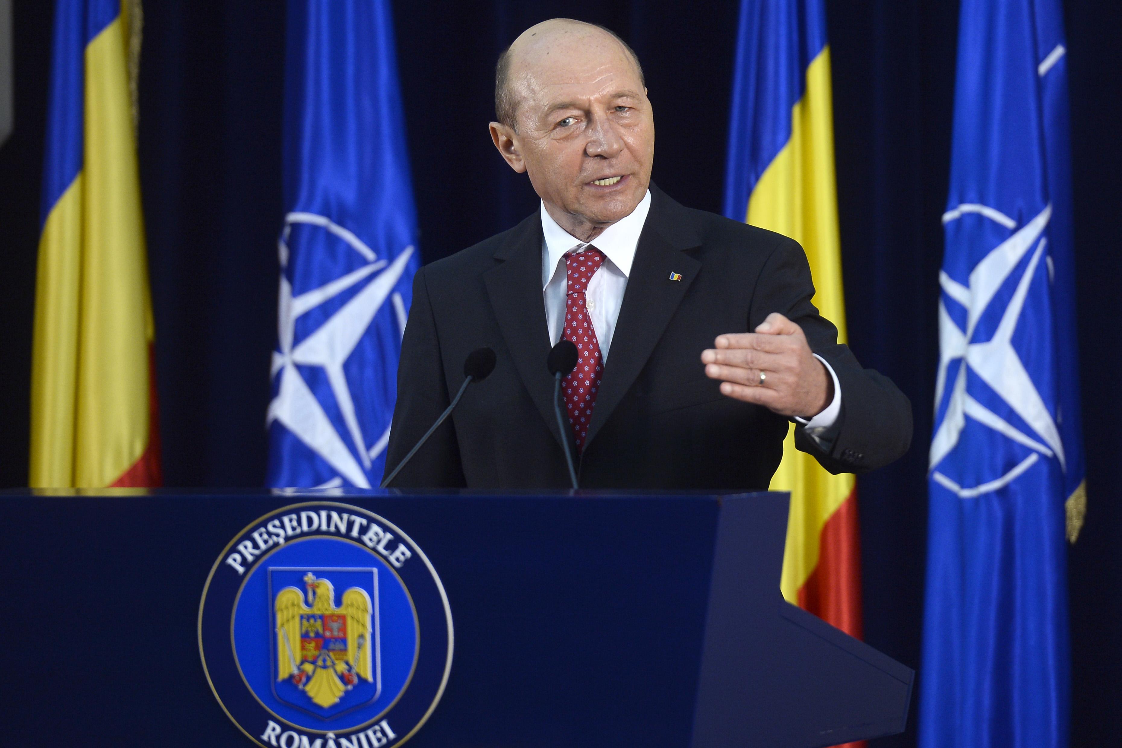Traian Basescu a depus plangere penala la Parchet impotriva barbatului care l-a scuipat