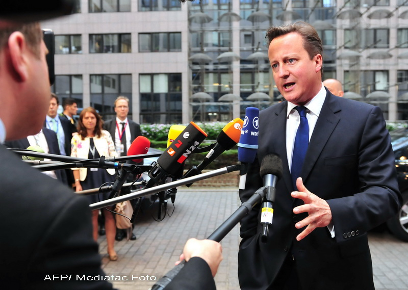 David Cameron agita spiritele la Summitul de la Bruxelles: