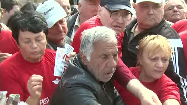 Partidul vicepremierului Oprea a sarbatorit 5 ani. Cine a strigat