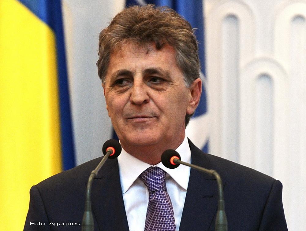Mircea Dusa, intalnire cu seful Comandamentului NATO pentru operatii speciale.